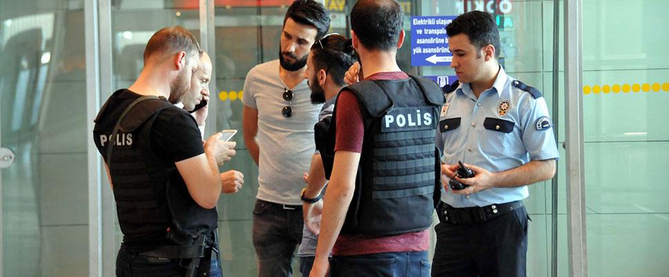 Atatürk Havalimanı'nda koku alarmı