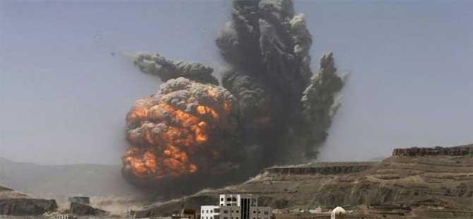 Suudi Arabistan Yemen'i bombaladı: 8 ölü