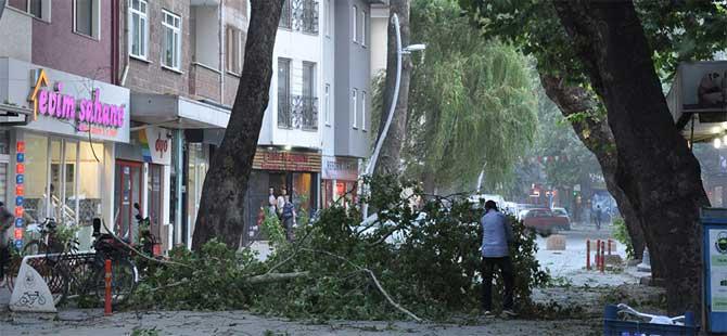 Uçaklar İstanbul'a inemedi, Bursa'ya yönlendirildi