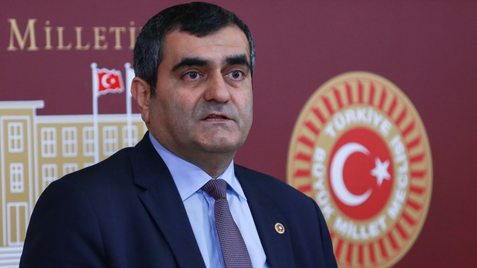 CHP'li Şeker'den AKP MKYK üyesi Oğan hakkında suç duyurusu!
