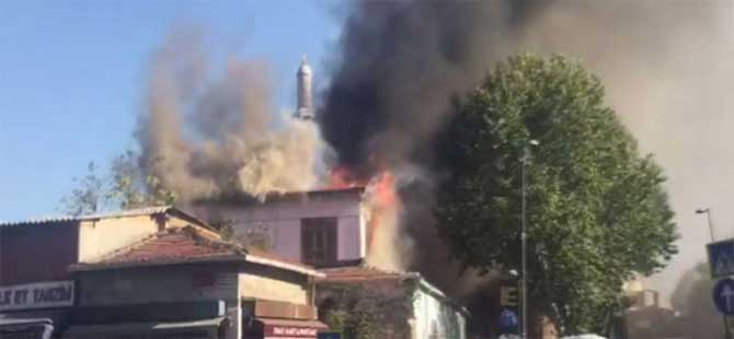 İstanbul'da tarihi hamamda yangın