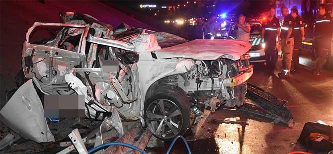 Otomobil köprüden düştü: 2 ölü, 1 yaralı