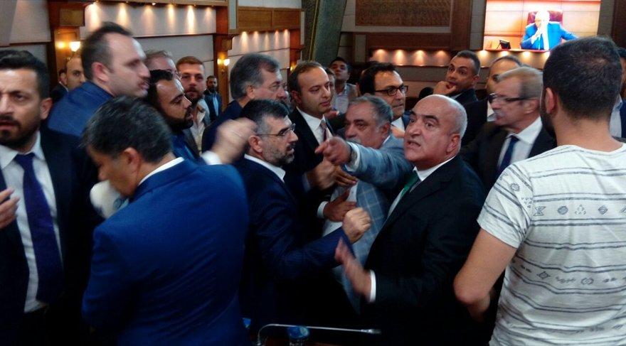 İstanbul yeni başkanını seçiyor… Gerginlik çıktı