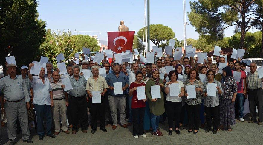 MHP'de şok! 70 kişi daha istifa etti