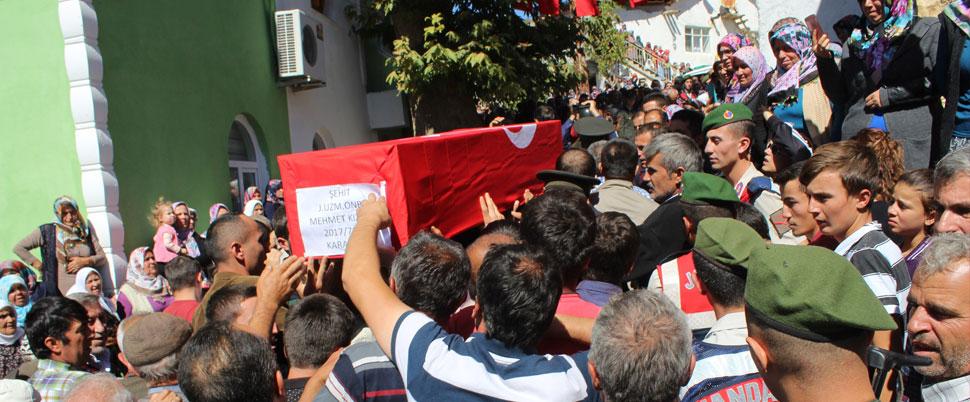 Şehit Uzman Onbaşı'yı binler uğurladı