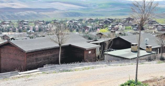 752x395-selcuk-aganin-koyune-yikim-1507743983062