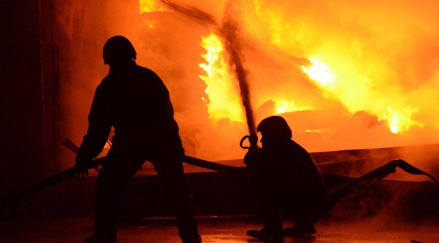 ABD Kaliforniya'da acil durum alarmı: Binlerce kişi tahliye edildi