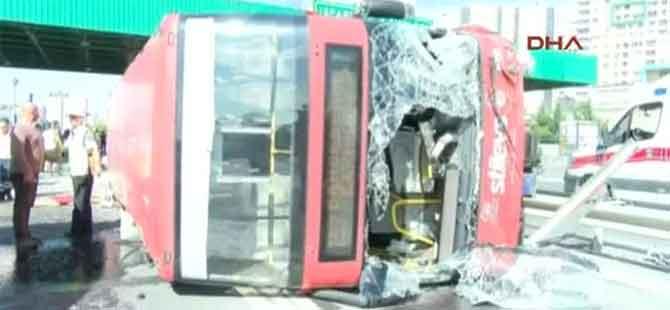 İstanbul'da belediye otobüsü devrildi!.. Çok sayıda yaralı var!