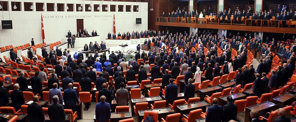 Meclis'te Afrin kavgası