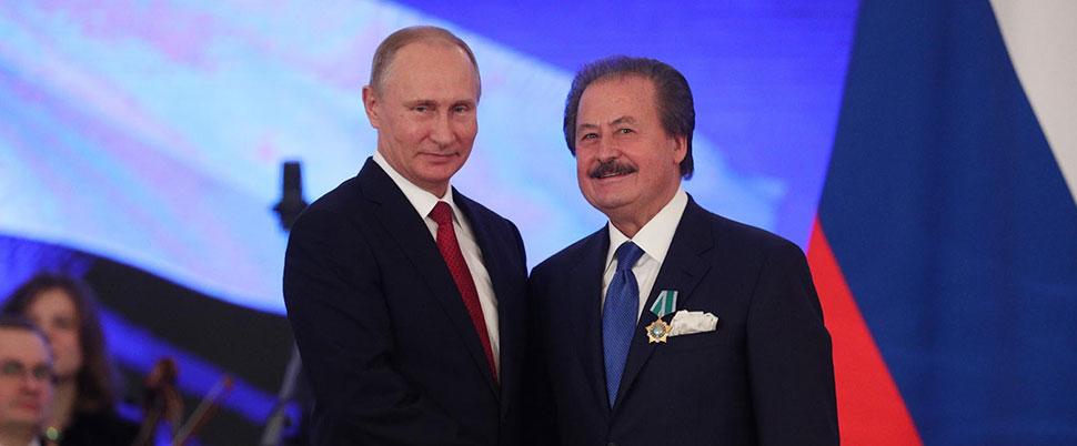 Putin'den Cavit Çağlar'a 'Devlet Nişanı' ödülü!
