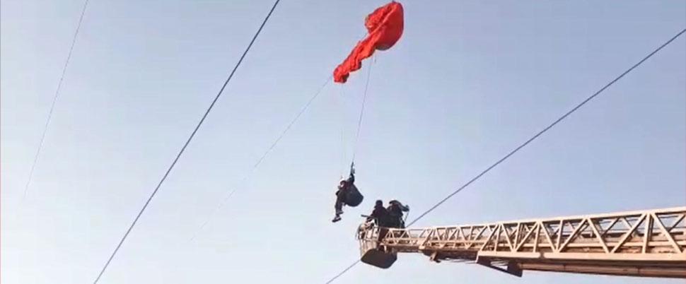 Kahramanmaraş'ta 154 bin voltluk tellerin arasında can pazarı!