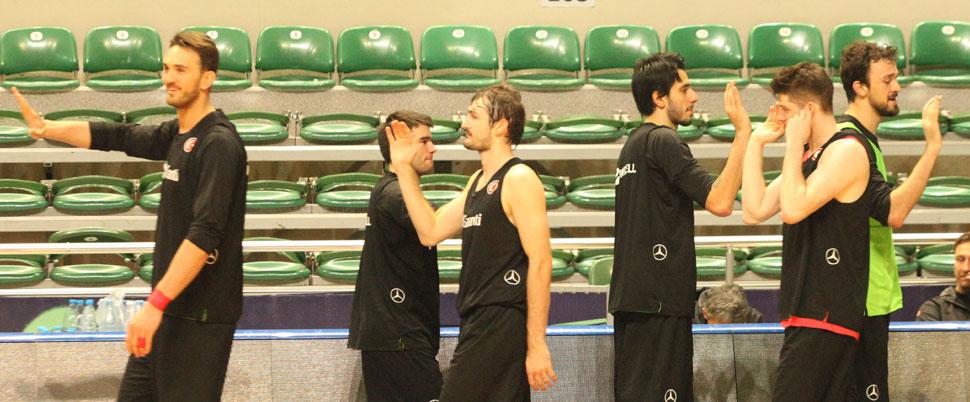 A Milli Basketbol Takımı oyuncuları yoğun maç trafiğini eleştirdi