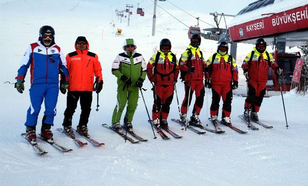 Erciyes'te kayak sezonu erken açıldı