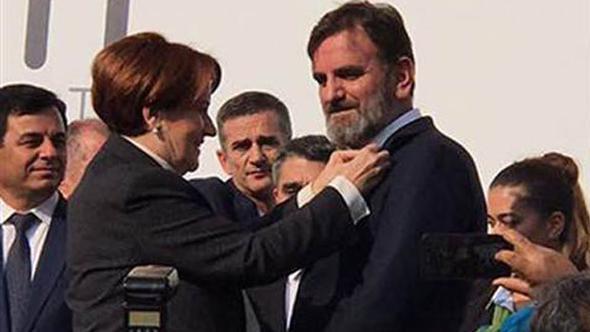 MHP'den ihraç edilen başkan İyi Parti'ye katıldı