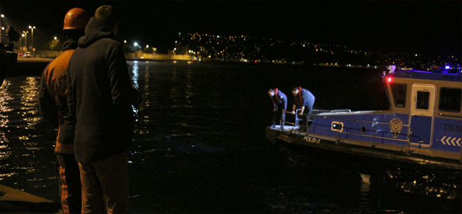 İstanbul'da cip denize uçtu!..