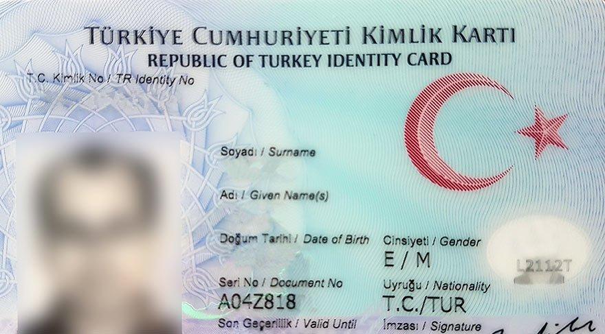 Yeni kimliklerde flaş kolaylık: İsteyen adını ve soyadını değiştirebilecek