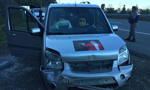 Akşener'in konvoyunda kaza