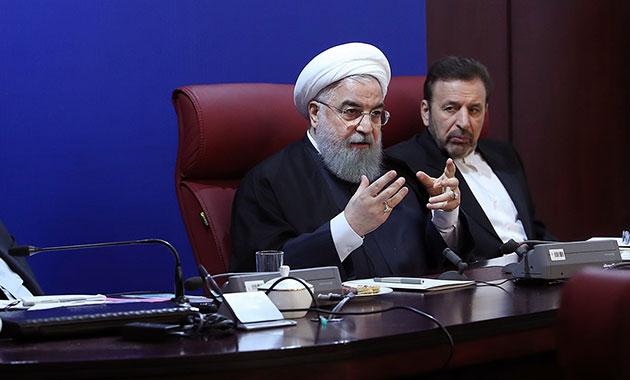 Ruhani'den özeleştiri: Halkın sesini dinlemeliyiz