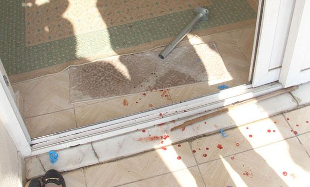 Suriyeli kadınların başına demir çubukla vurup, bileziklerini çaldı