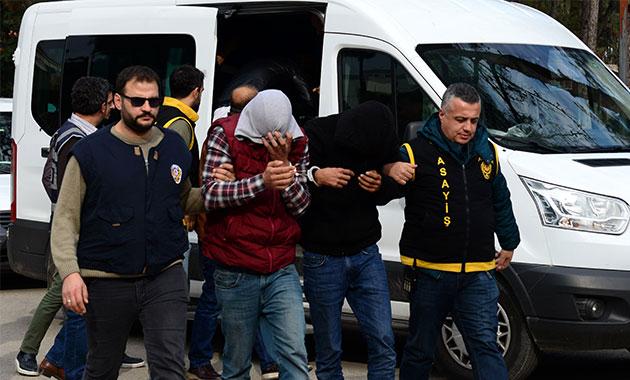 Cinayet zanlıları, 153 güvenlik kamerası izlenerek yakalandı
