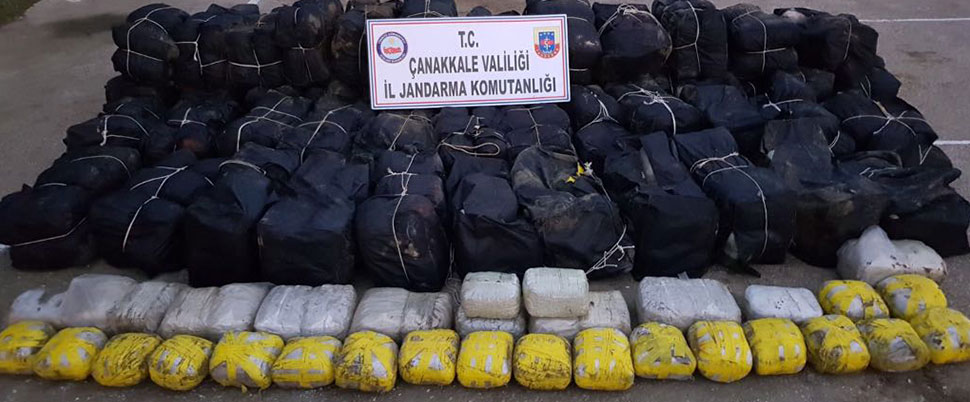 Çanakkale'de 1.7 ton esrar ele geçirildi
