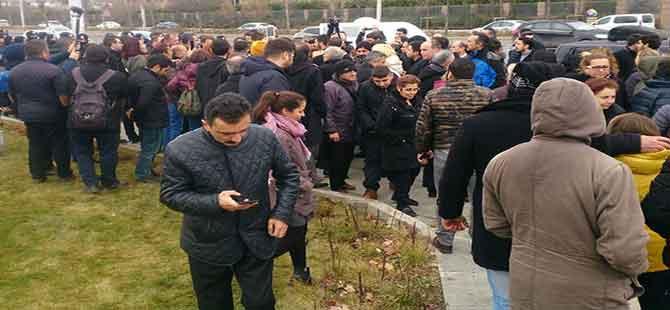 Diyanet önünde eylem yapmak isteyen CHP'lilere polis izin vermedi