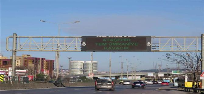 İstanbul'da yollar bomboş kaldı!
