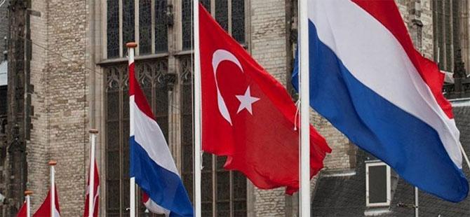 Hollanda: Türkiye'ye AB kapıları kapanmadı