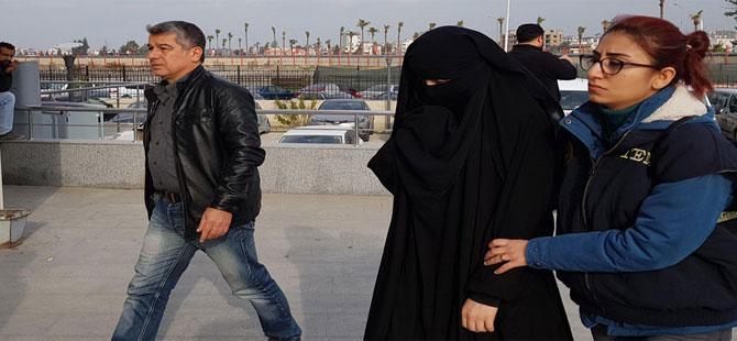 Suriye'ye IŞİD için savaşmaya giderken yakalandılar