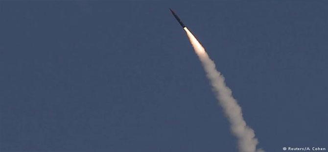 İsrail Şam Havalimanı'na iki füze fırlattı, Suriye karşılık verdi