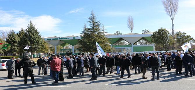 Bor Şeker Fabrikası önünde özelleştirme karşıtı eylem