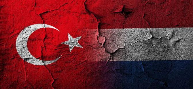 Türkiye ve Hollanda'ya tarafsız arabulucu önerisi