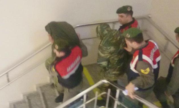 Yunan askerlerin tahliye talepleri reddedildi
