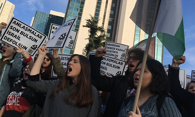 İsrail Başkonsolosluğu önünde Enternasyonal marşlı  'Filistin' eylemi
