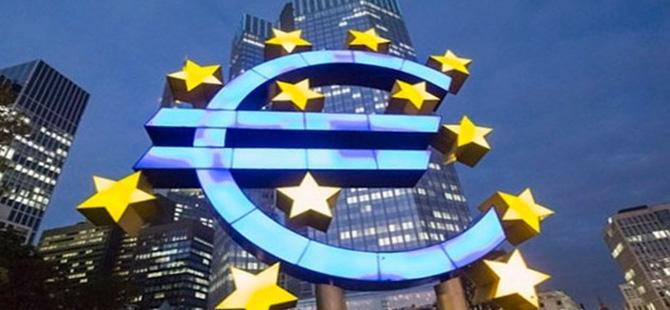Euro Bölgesi imalat ve hizmetleri Şubat ayında hız kesti