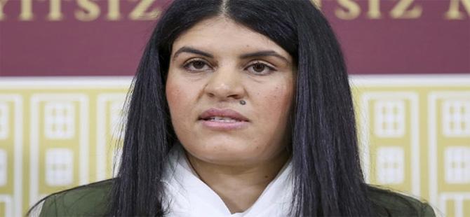 HDP'li Dilek Öcalan'a 2 yıl 6 ay hapis cezası