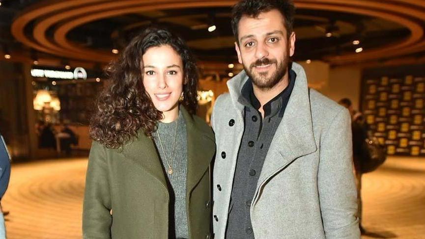 Oyuncu Erkan Kolçak Köstendil ve Cansu Tosun evlenmeye karar verdi