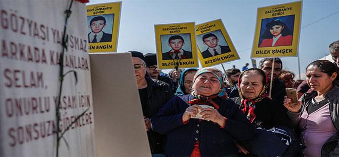 Gazi Mahallesi'ndeki olaylarda ölenler anıldı