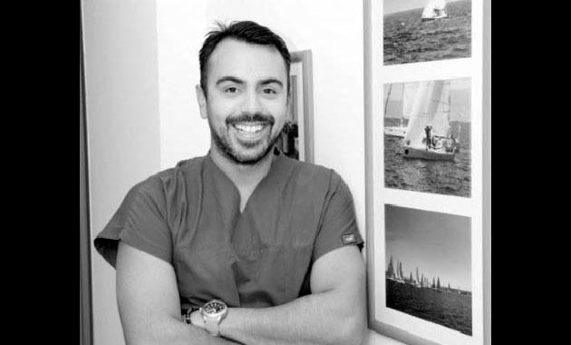 Ünlü kalp doktorunun kalp krizinden ölen oğlu İzmir'de toprağa verildi