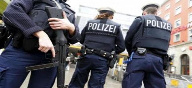 Alman polisinden Türk vatandaşına kötü muamele