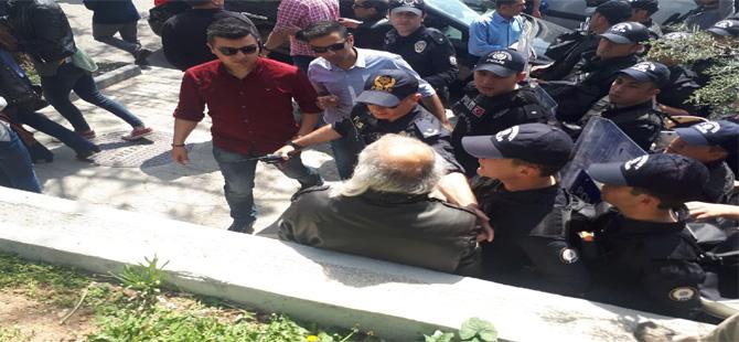 Ankara'da KESK eylemine polis müdahalesi
