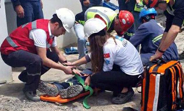 İzmir'de 148 işçi hastaneye kaldırıldı