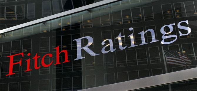 Fitch'ten Türkiye'de faaliyet gösteren 9 bankaya kötü haber
