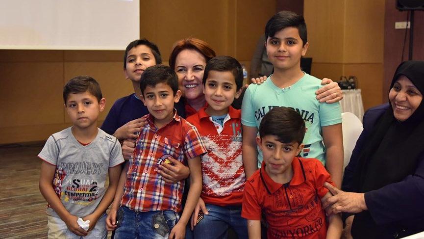 Meral Akşener, Filistinli çocuklarla iftar yaptı