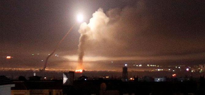 'İsrail jetleri Şam'a saldırdı: Suriye hava savunması füzelerin çoğunu düşürdü'