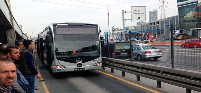 Metrobüs'te yoğunluğu azaltmak için bir dizi çalışma başlatıldı!