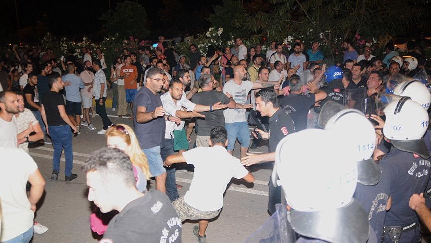 Antalya'da çuvalların taşınması sırasında gerginlik