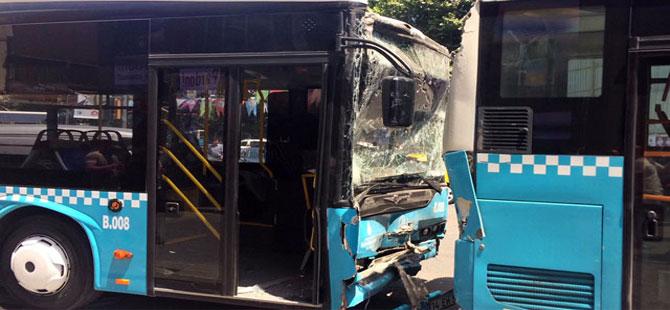İstanbul'da 3 halk otobüsü çarpıştı: Çok sayıda yaralı var