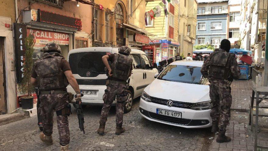 Kumkapı'ya 'narko sokak' operasyonu