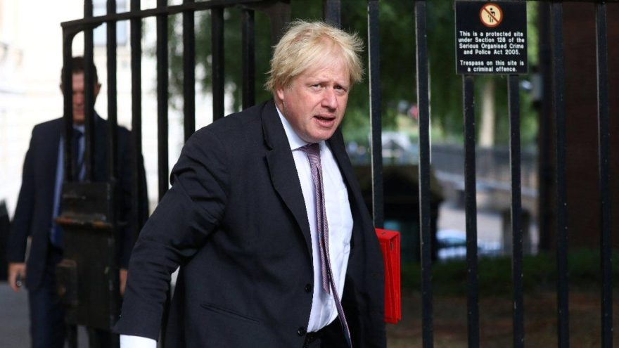 İngiltere'de şok… Dışişleri Bakanı Johnson istifa etti
